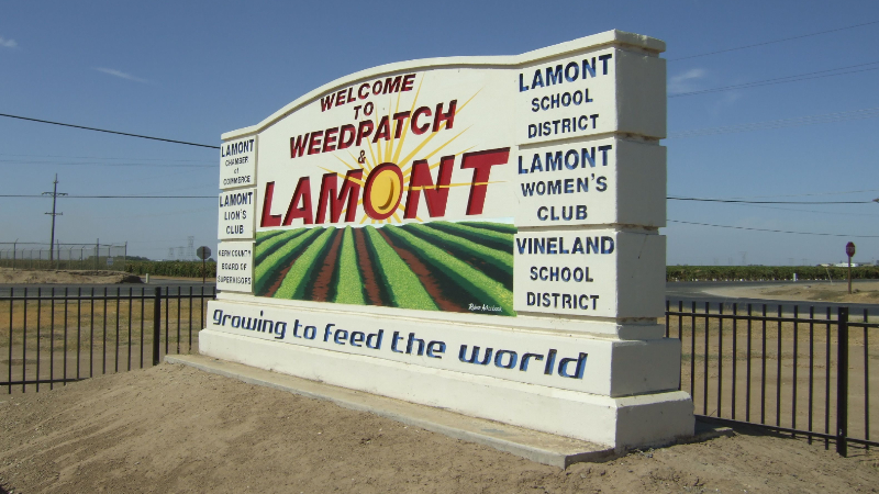 Lamont, California sign