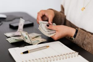 paying for a bail bond with cash